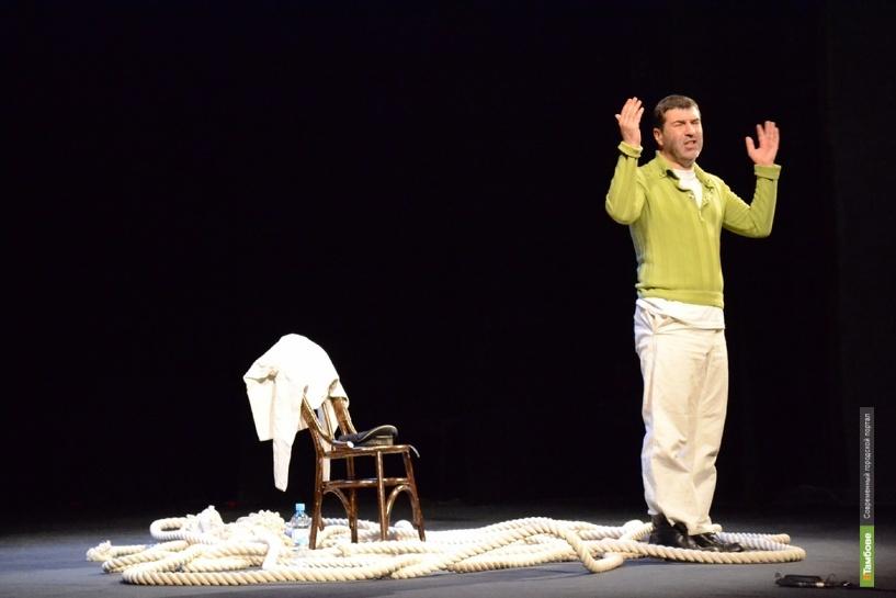 Евгений Гришковец в Тамбове попрощается с бумагой