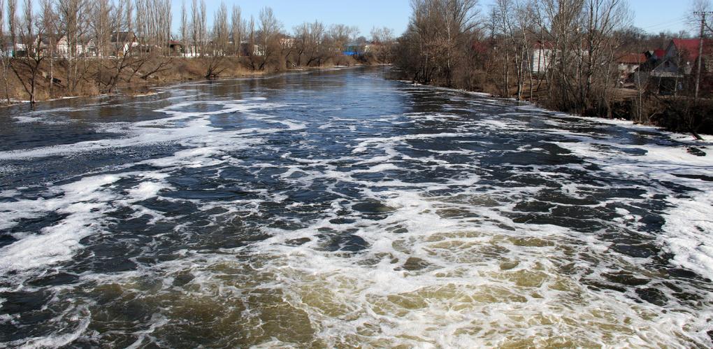 Не допустить подтопления: в регионе расчищено около 100 километров рек
