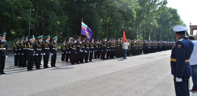 Военная линейка: в кадетском корпусе отметили День знаний
