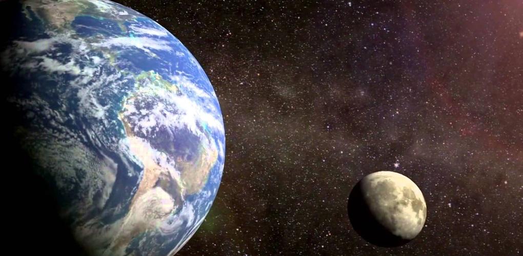 С каждым годом Земля худеет, а Луна полнеет