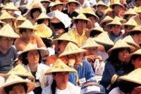 Власти Китая узаконили визиты к пожилым родственникам
