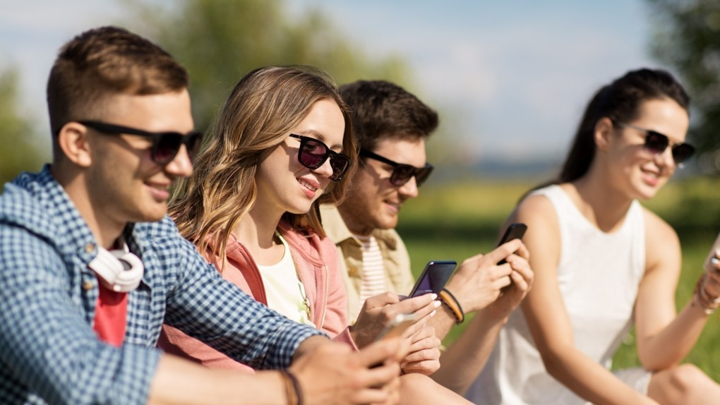 Tele2 дарит бонусы за рекомендацию друзьям