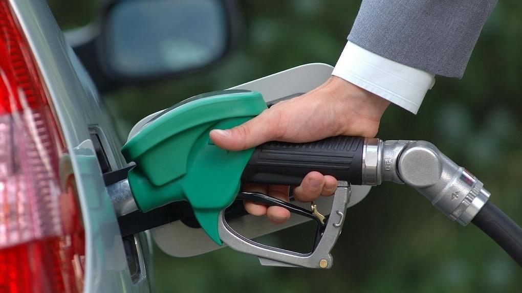 Тульским любителям автомобилей придется раскошелиться: как возрастут цены набензин в2018-м году