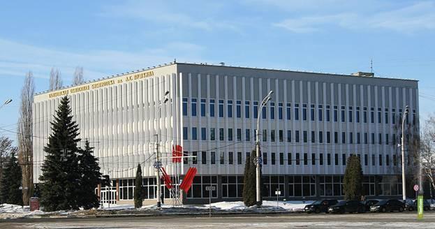 В Тамбове читальный зал Пушкинской библиотеки закрыли на ремонт