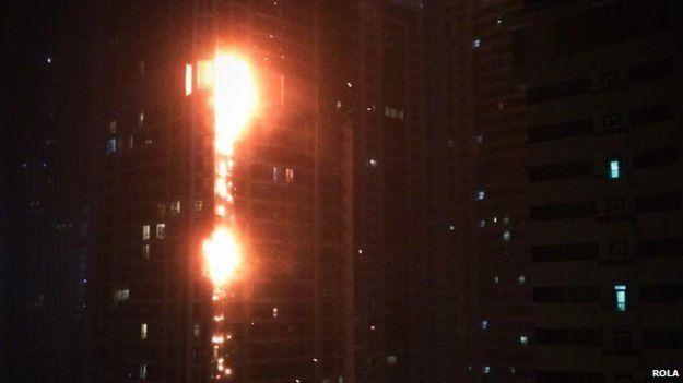 Как вы яхту назовете… В Дубае горел самый высокий в мире небоскреб «Факел»