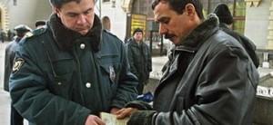 С тамбовского предпринимателя взыскали стоимость депортации наемного узбека