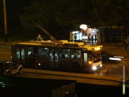 Тамбовские дорожники остановили троллейбусы