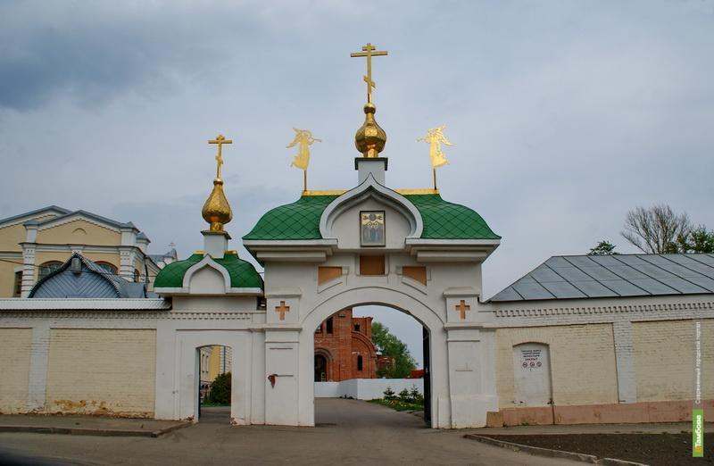 В женском монастыре Тамбова горела столярная мастерская