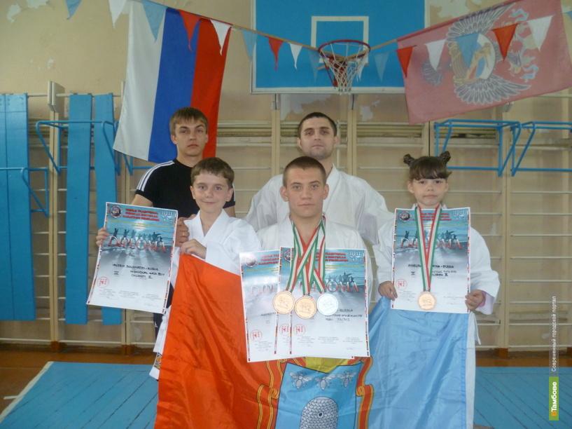 Тамбовские каратисты привезли три медали из Италии