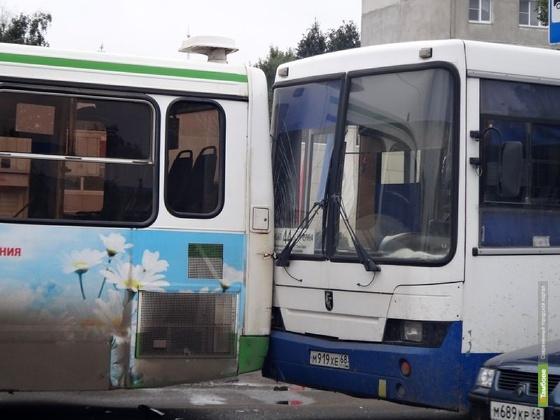 Водители автобусов спровоцировали 23 ДТП