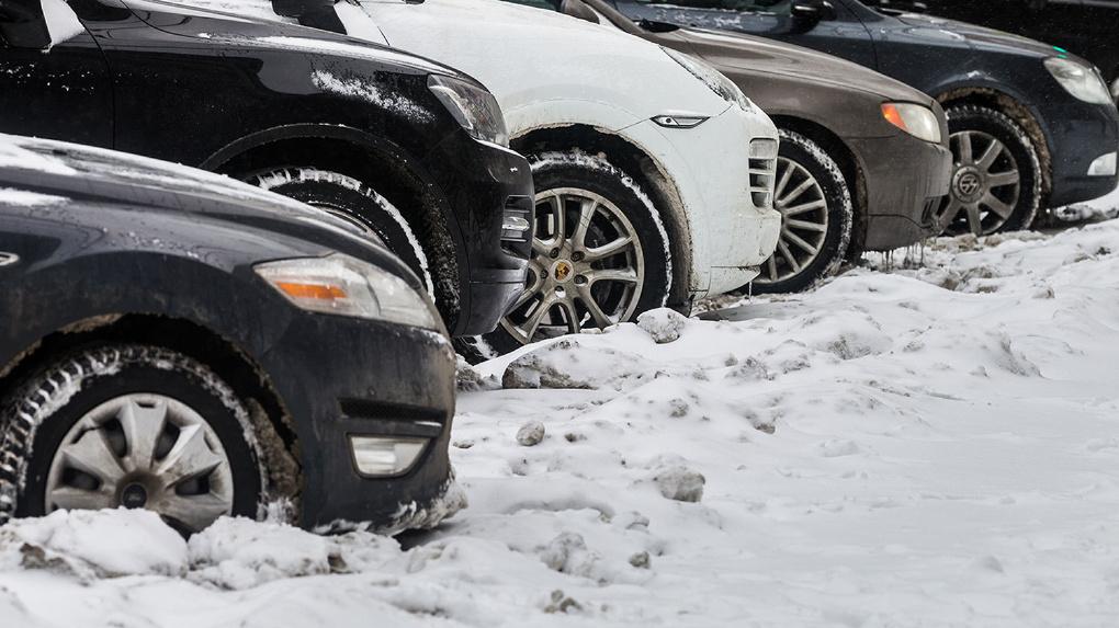Куда ставить? В Тамбове продолжается борьба за парковочные места