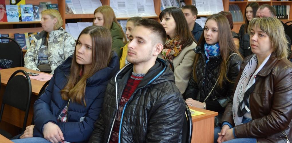 День открытых дверей в Тамбовском филиале РАНХиГС посетили школьники со всей области
