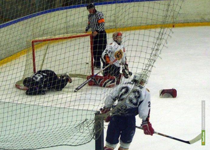 Тамбовские хоккеисты проиграли липчанам второй раз подряд