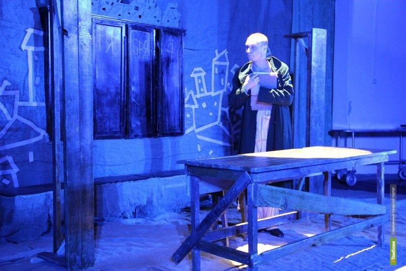 Актёры тамбовского ТЮЗа блеснули на ставропольской сцене