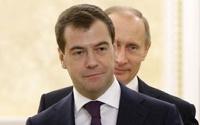 Медведев хочет запретить в России третий срок президентства