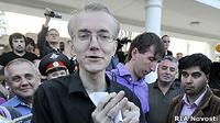 Навальный возмущен: голодающего Олега Шеина обвинили в приеме пищи