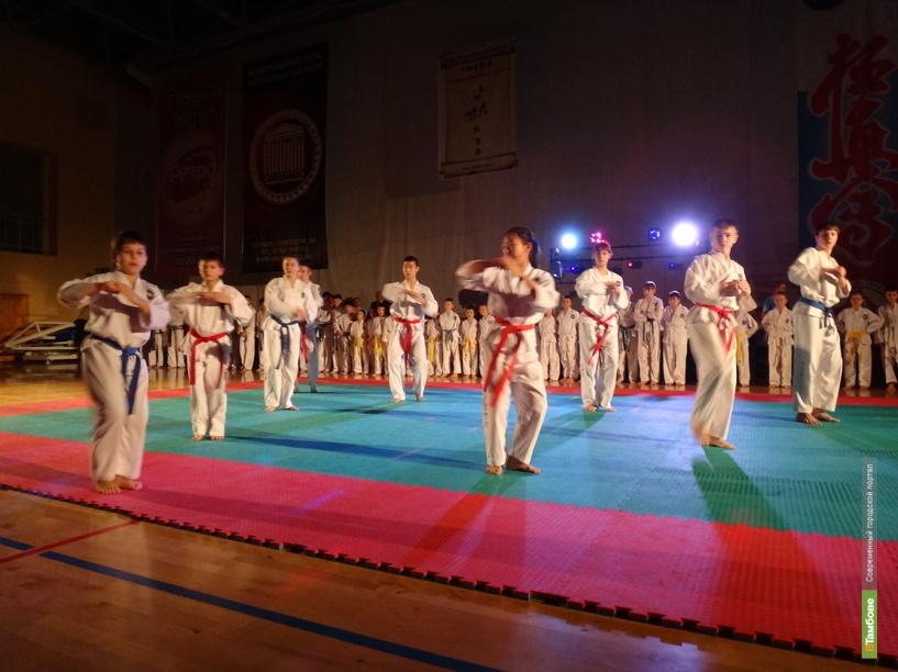 Команда тамбовских каратистов стала второй на чемпионате ЦФО