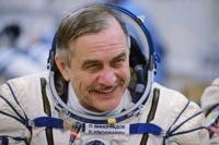 Космонавт из России заплатил налог из космоса