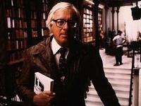 Умер писатель Рэй Брэдбери