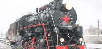На моршанский ж\д вокзал приехал советский паровоз