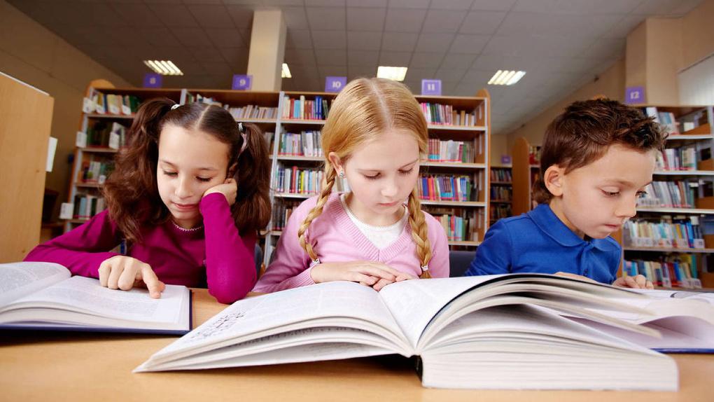 Учителя бунтуют: школьников собираются обязать прочесть 235 книг за 5 лет