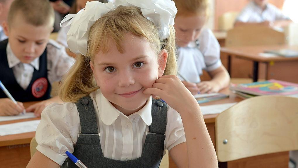 Мест хватит всем: не менее 3600 юных тамбовчан в этом году пойдут в первый класс