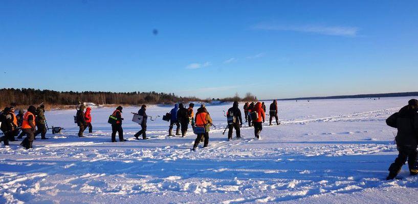 В чемпионате по рыбной ловле на блесну со льда победил житель Мичуринска