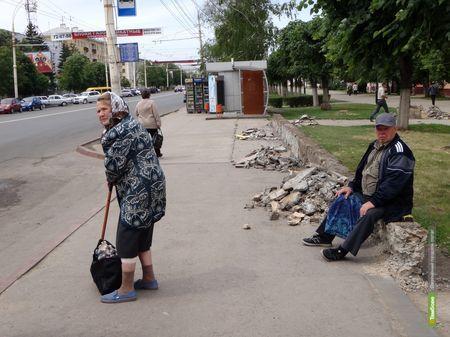 Центр Тамбова остался без лавочек - их отправили на реконструкцию