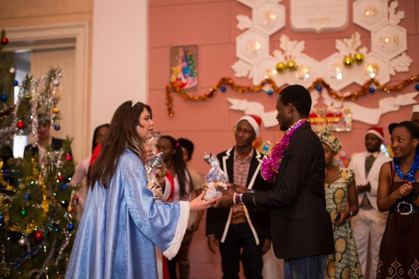 Студенты-иностранцы ТГТУ устроили новогодний праздник