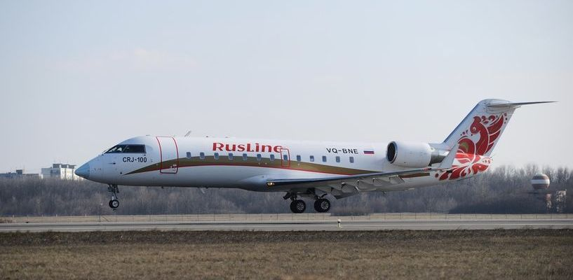 Летевший из Тамбова самолёт совершил аварийную посадку в Воронеже