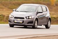 Chevrolet Aveo 5D: трудность выбора