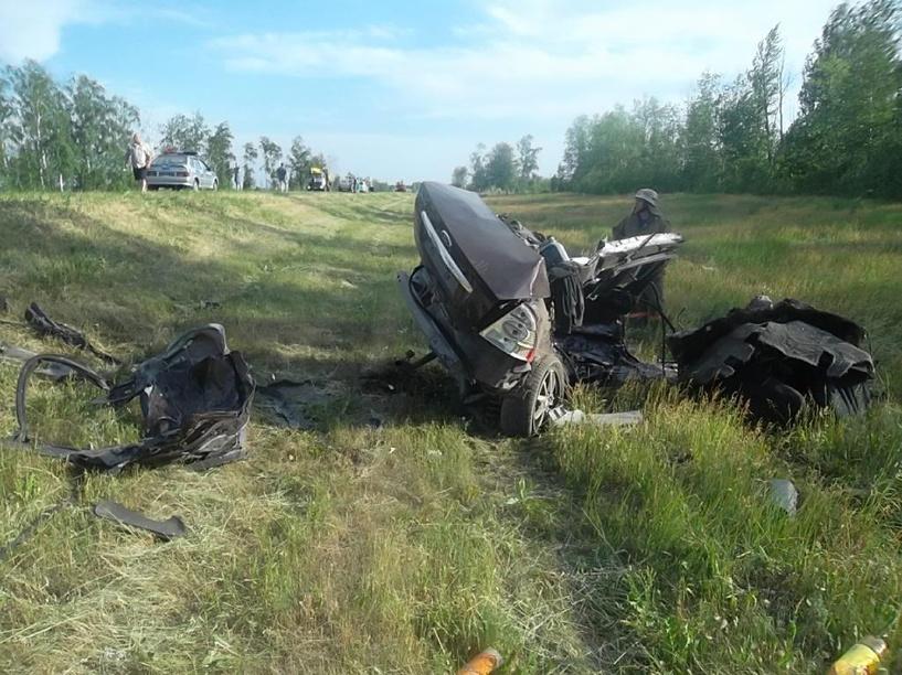 В ДТП в Рассказовском районе погибли три человека и тяжело пострадал ребёнок