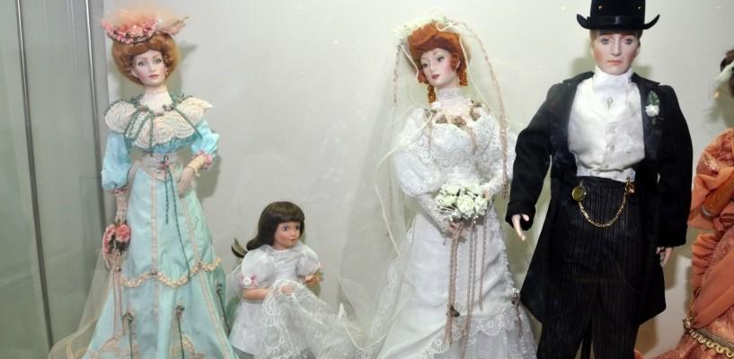 В картинной галерее откроется выставка коллекционных кукол в свадебных нарядах