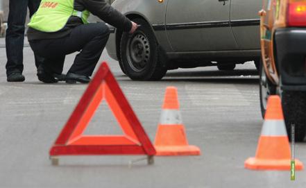 На автодороге «Тамбов-Воронеж» столкнулись две легковушки