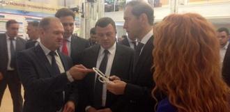 Министру промышленности РФ показали искусственное сердце, сделанное в Мичуринске