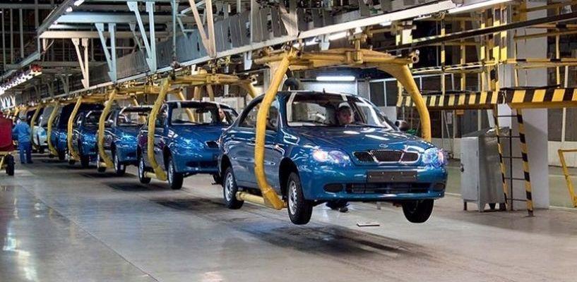 Больше всего машин производят в Словакии