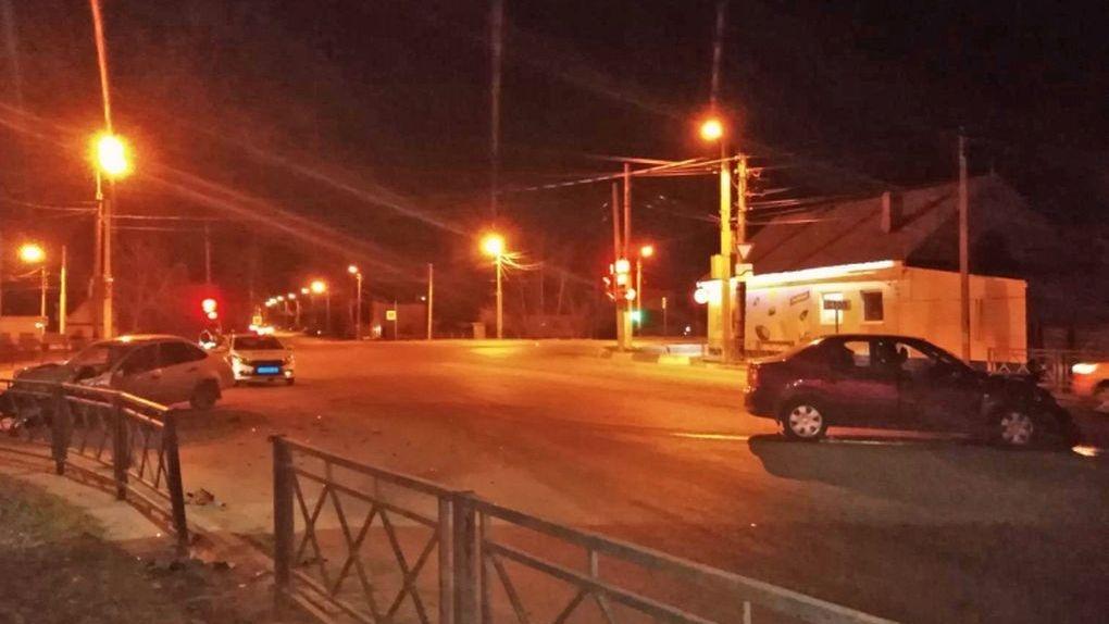 В Тамбове при столкновении двух автомобилей пострадали маленькие дети