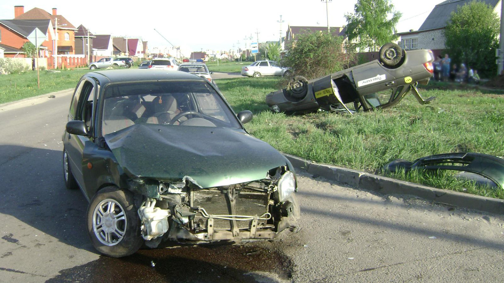 Столкновение автомобилей в Тамбове: пострадали 6-летняя девочка и пенсионерка