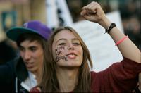 Во Франции отныне запрещено обращение «мадемуазель»