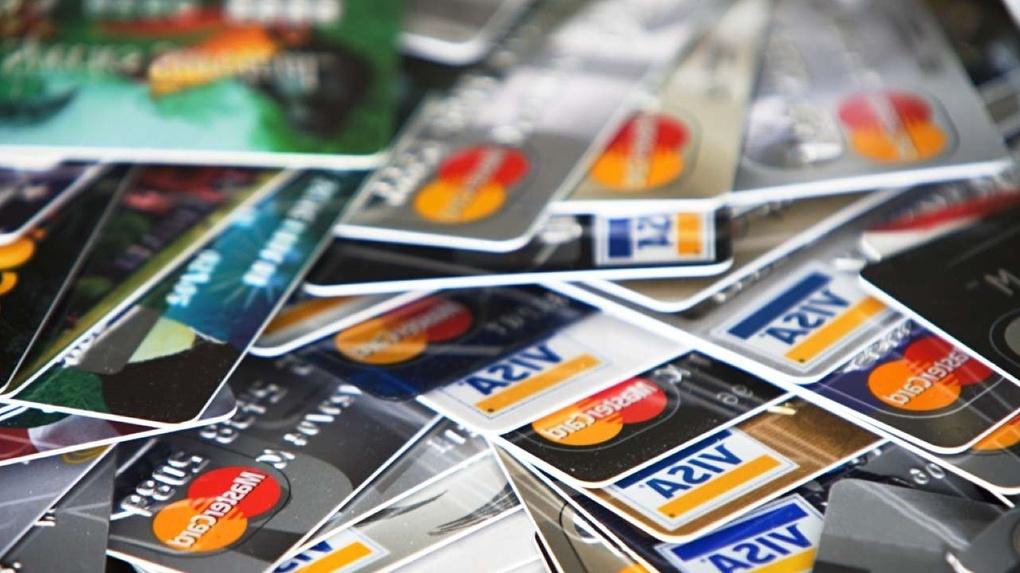 Денег нет: банки в Тамбове выдают всё больше кредитных карт