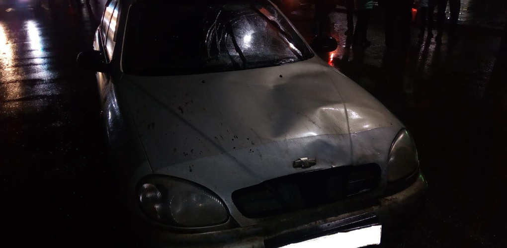 Водитель Chevrolet сбил двух пешеходов в Уварово