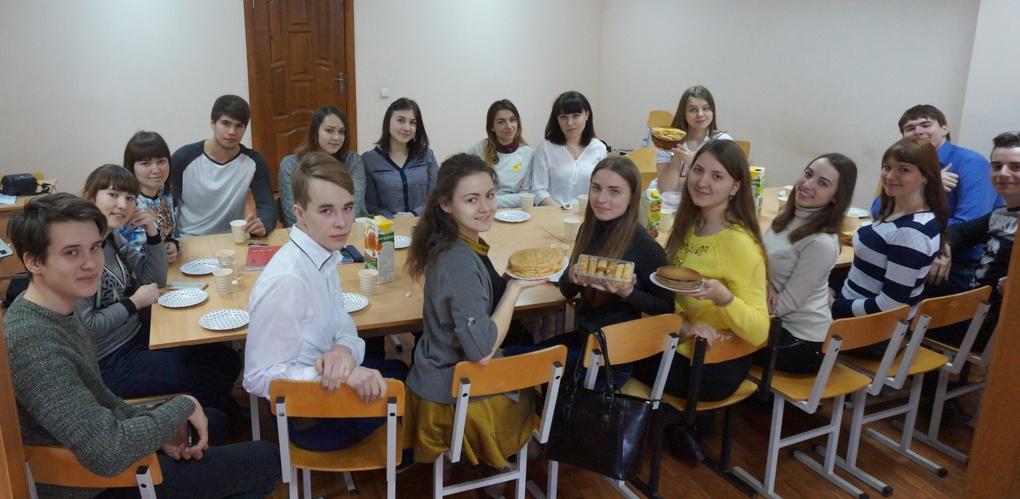 Клуб «Диалог культур» провел занятие, посвященное традициям Масленицы