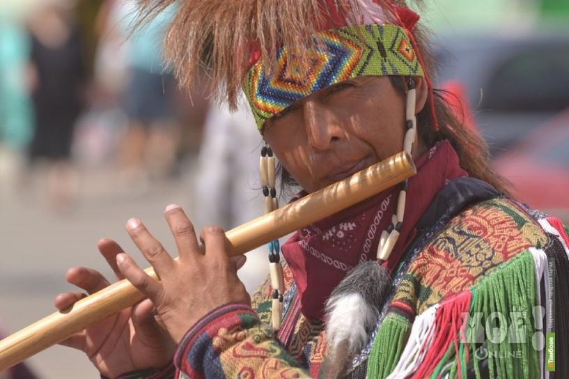 В Тамбове выступили уличные музыканты из Эквадора