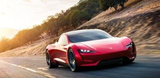 Компания Tesla представила «самый быстрый серийный автомобиль в истории»