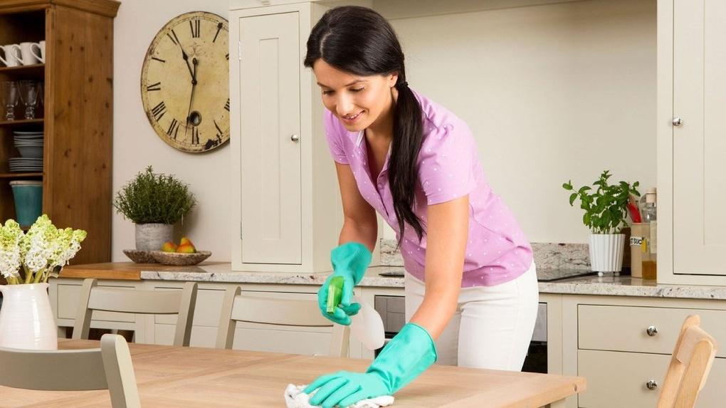 Работы стоимость домработницы часа сургуте в скупка часов швейцарских
