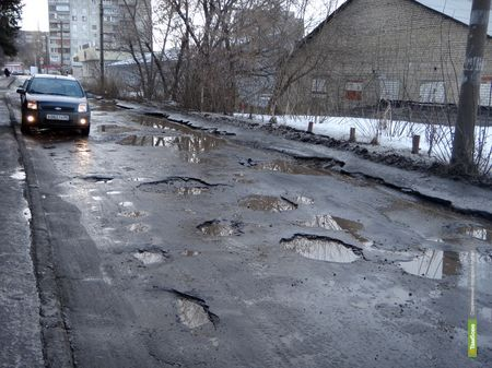 """В тамбовский асфальт снова """"закатают"""" больше 500 миллионов рублей"""