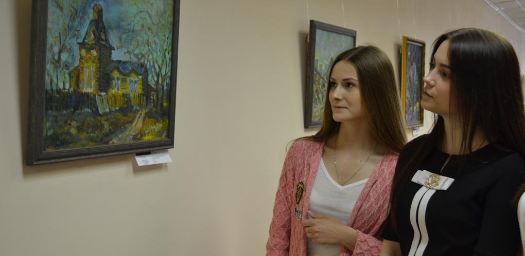 В Тамбовском филиале РАНХиГС открылась выставка картин Анастасии Никольской