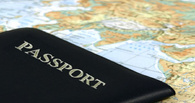 Четыре семьи оформили заграничные паспорта без очереди