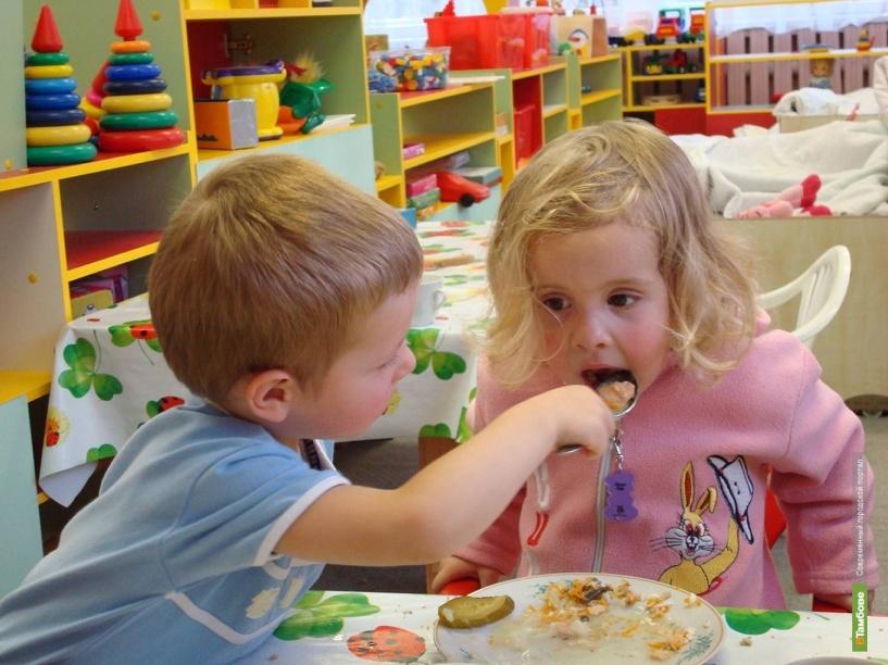 Половина тамбовских детишек не ходит в садик на полный день