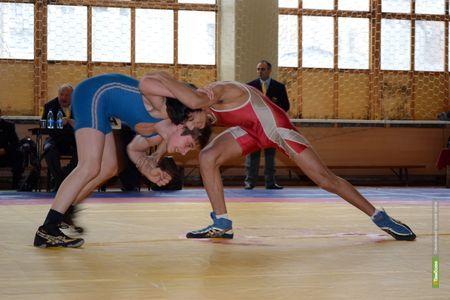 Тамбовский борец вернулся из Владимира с победой